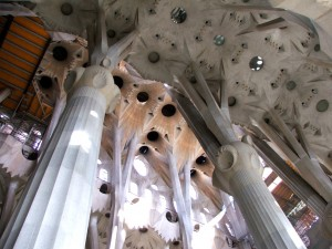 Colour photograph showing the Interior of the Templo Expiatorio de la Sagrada Familia in Barcelona, Spain. Current state of progress with the Nave. An architectural wonder designed by Catalan Architect, Antoni Gaudí i Cornet (1852-1926), and still under construction. Click to enlarge. Photograph taken by CJ Walsh. 2009-03-20.