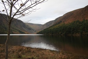 Colour photograph of 'Upper Lake at Glendalough' - Autumn Scene.  Click to enlarge.  Photograph taken by CJ Walsh.  2009-10-26.