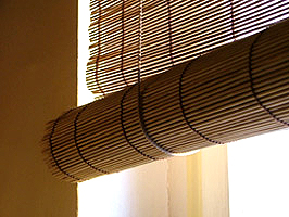 Colour photograph showing a common type of Window Blind, in Europe, which has caused Child Fatalities.