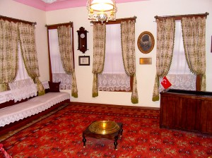 Colour photograph showing an interior view of the House and Museum ... the Room where Ghazi Mustafa Kemal Atatürk was actually born. Photograph taken by CJ Walsh. 2012-04-24. Click to enlarge.