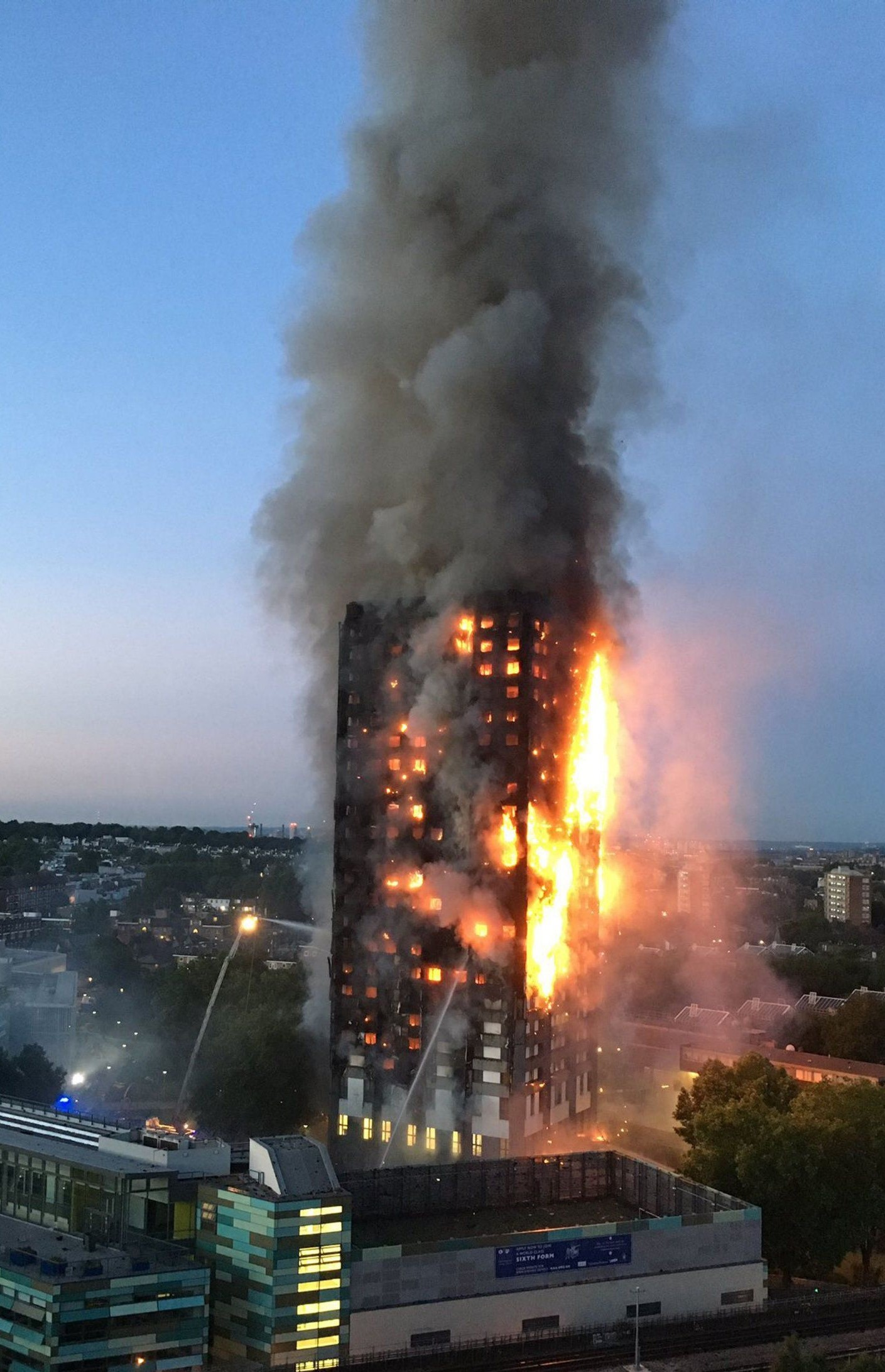 Ar Cj Walsh Consultant Architect Fire Engineer Technical Solar Panel Circuit The Heads On Community Colour Photograph Showing Developed At Grenfell Tower In London Bottom Of External Firefighting Operations Can Be Viewed